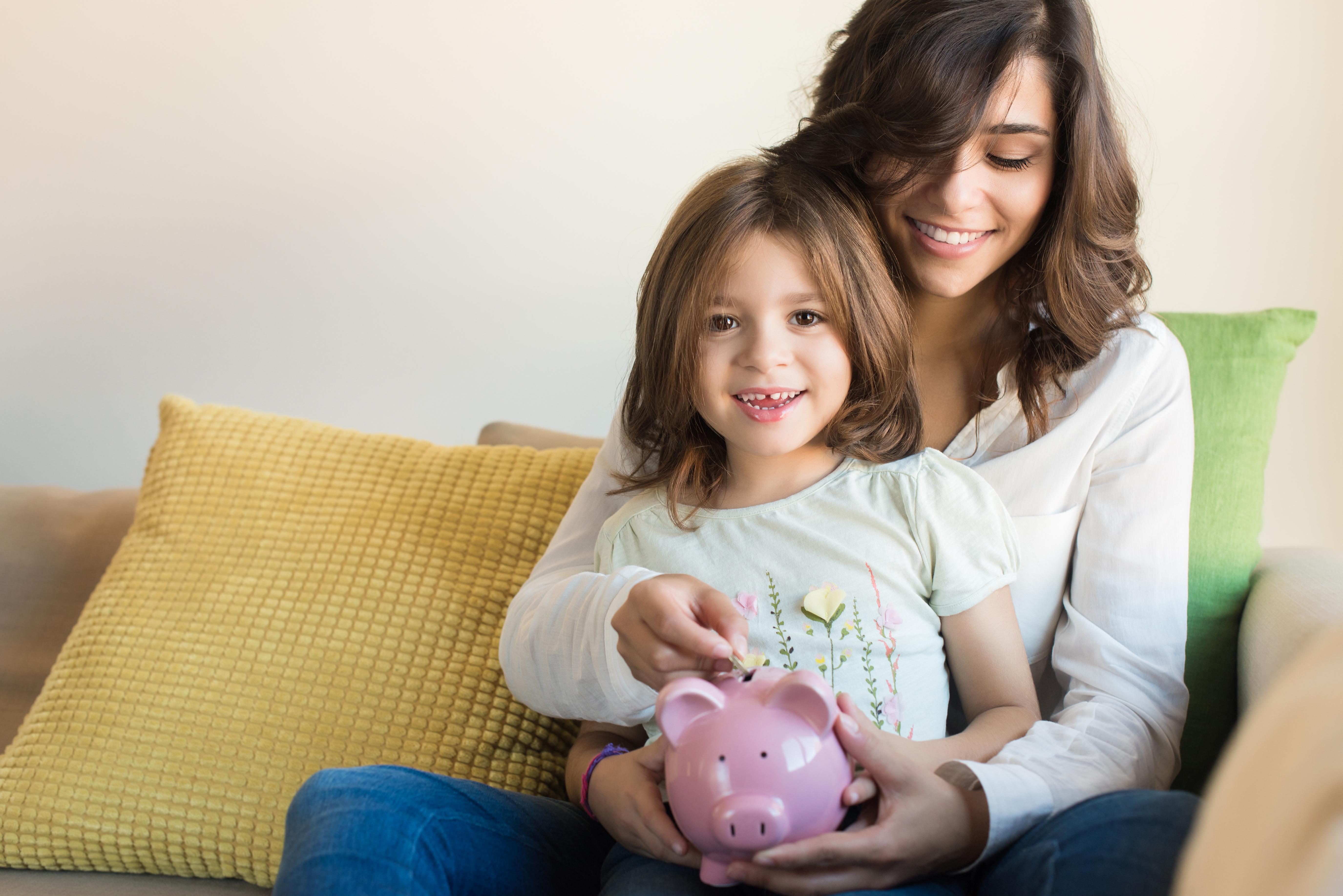 Comment éduquer vos enfants vis-à-vis de l'argent et des finances ? Mythes et réalité